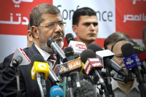 """המנצח הגדול במערכת הבחירות המתישה - ד""""ר מוחמד מורסי (Flickr/Jonathan Rashad)"""