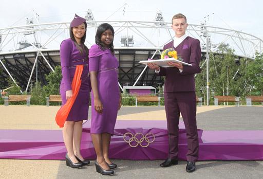 אירוע חשיפת המעמדים (פודיומים), מדי הטקס וזרי הפרחים לאולימפיאדת לונדון 2012