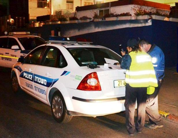 ביקורת רישוי ובדיקת שכרות הלילה (צילום: משטרת ישראל)