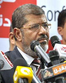 """הנשיא פרס לנשיא החדש של מצרים: """"מייחלים להמשך שיתוף פעולה"""""""
