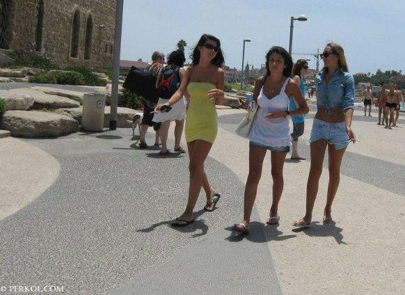 בחורות (צילמה: שרית פרקול)