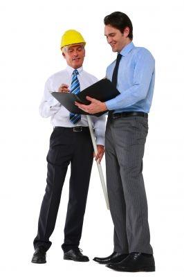 אסור ולא כדאי לפטר עובדים מבוגרים, בטח לא בתקופה כזאת
