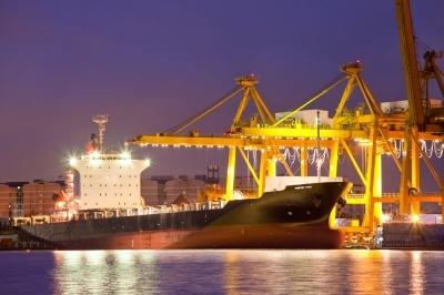 חרם גם על אוניות תובלה מאיראן