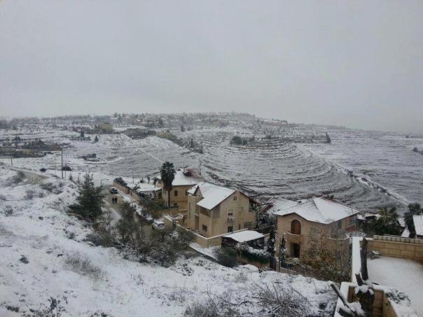ירושלים עטויה שלג (צילום: משטרת ישראל)