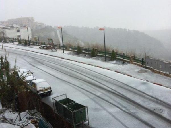 שלג בצפת (צילום: משטרת ישראל)