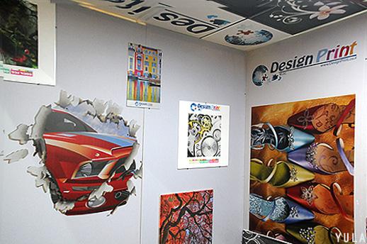חברת Design Print מדפיסה על מגוון חומרים כמו קרמיקות, מתכות, זכוכיות, קירות גבס ועוד ומאפשרים למעצבי הפנים להתפרע ברעיונות עיצוביים ולשלב גרפיקה וצילום. צילום: יולה זובריצקי