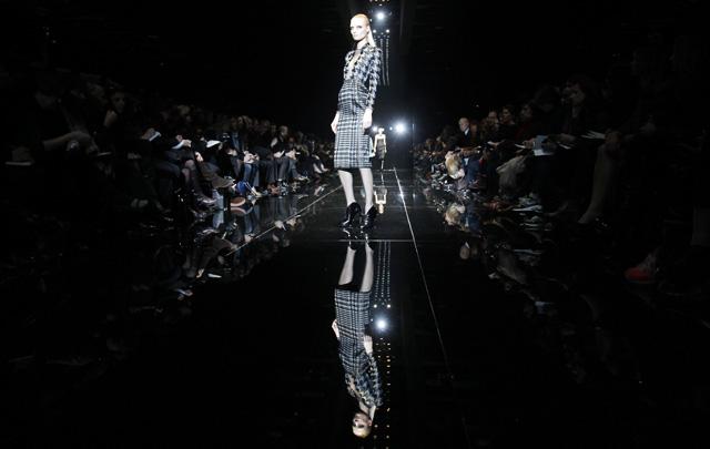 גוצ'י בשבוע האופנה של מילאנו. צילום: REUTERS/Alessandro Garofalo