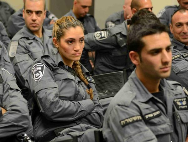 """לוחמת היס""""מ, ליאור כהן,  אשה יחידה בין הלוחמים (צילום: משטרת ישראל)"""