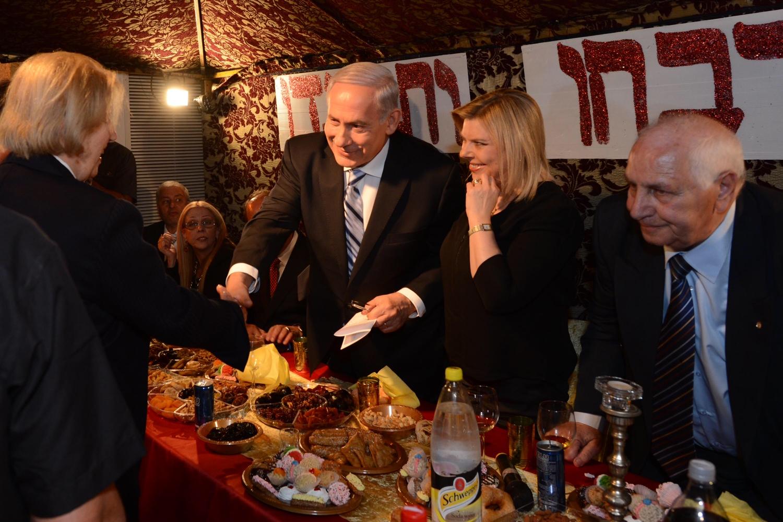 באור עקיבא חגגו עם נתניהו – בבית אריה עם פלסטינים