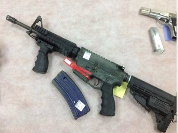 חלק מהנשק שנתפס (צילום: משטרת ישראל)
