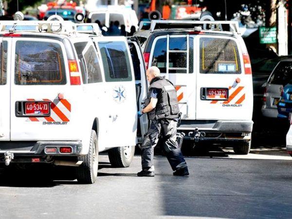 זירת החיסול (צילום: אור מני, משטרת ישראל)