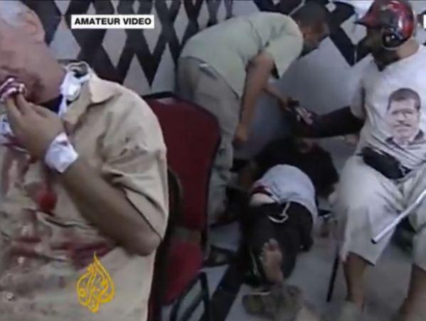 צילומים מהטבח שערך הצבא באסלמיסטים (מקור: אל ג'זירה)
