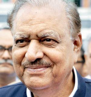 נשיא חדש בפקיסטן: מאמנון חוסיין