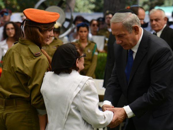 """ראש הממשלה בנימין נתניהו, טקס אזכרה ממלכתי בהר הרצל, 40 שנה למלחמת יום הכיפורים. צילום - קובי גדעון / לע"""""""