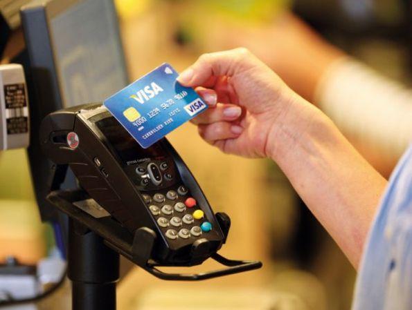 תשלום ללא מגע של ויזה בחנויות ובסופרמרקט