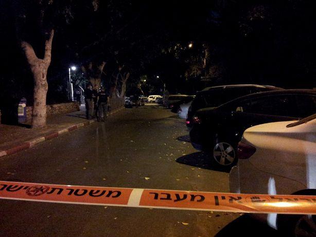 זירת הפיצוץ ברחוב דפנה (צילום: משטרת ישראל)
