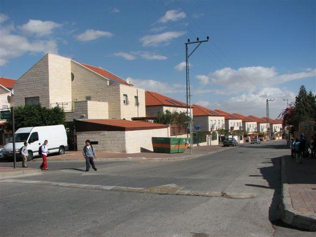 משרד השיכון ישווק עוד 1700 יחידות דיור מעבר לקו הירוק