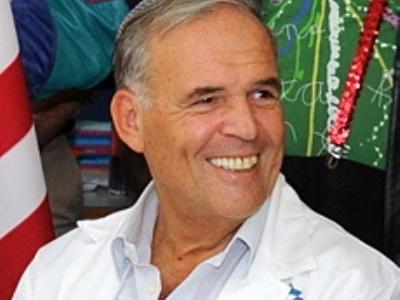 """יו""""ר הוועדה, פרופ' יונתן הלוי (צילום: ויקימדיה)"""