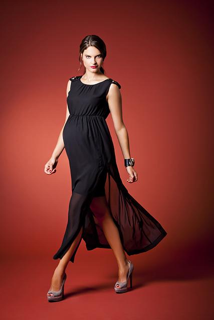 """שמלת מקסי אבנים, מתוך קולקציית חורף 2014, """"רמי לי"""". צילום: ליאור נורדמן"""
