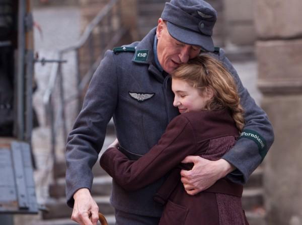 אגדת קולנוע על השואה. ג'פרי ראש וסופי נליס