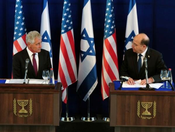 הייגל ויעלון במסיבת העיתונאים  (צילום: אריאל חרמוני ואלון בסון/ משרד הביטחון)