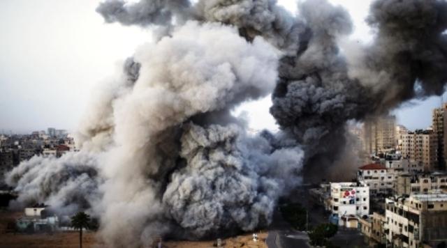 הפצצה בעזה (צילום: אל-ראי סוכנות פלסטינית)