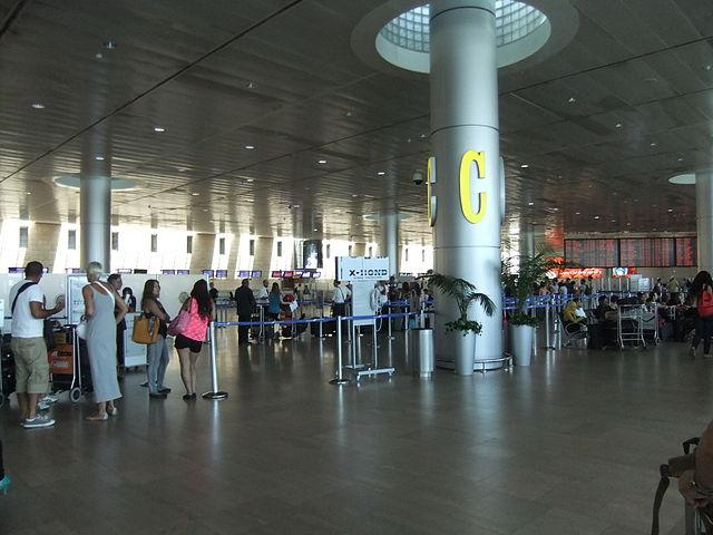 """אזור קליטת הנוסעים בטרמינל 3. צילום: רש""""ת"""