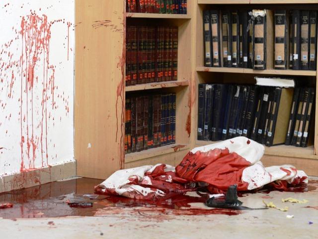 """הטבח בבית הכנסת - טרור עממי כן, אניתפאדה לא (צילום לע""""מ)"""