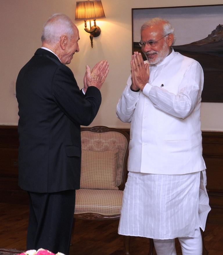 הנשיא לשעבר, שמעון פרס, נפגש היום עם ראש ממשלת הודו