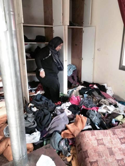 בית משפחת  טאקטקה לאחר החיפוש (צילום: חדשות לפני כולם)