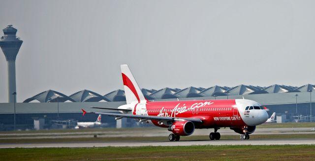 מטוס איירבס \A320-200 של אייר אסיה. צילום: ויקיפדיה
