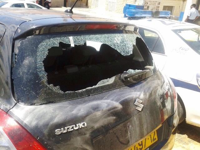 """ירושלים: קצין צה""""ל הותקף באבנים על ידי חרדים"""