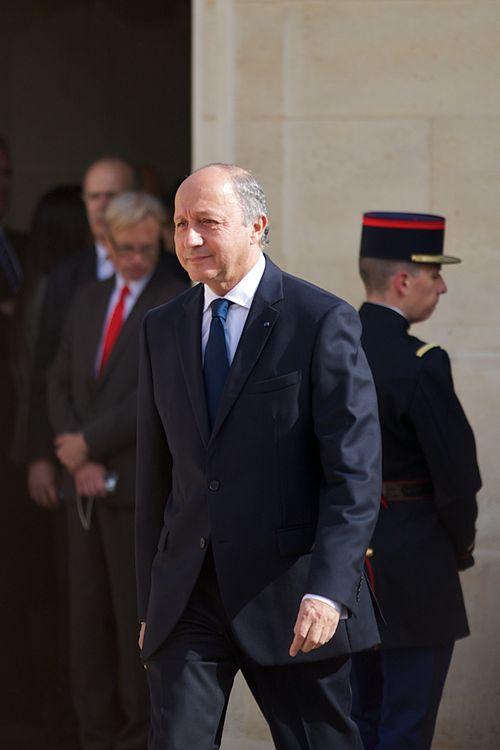 לא שכח להדגיש כי צרפת ממשיכה להתנגד למפעל ההתנחלויות. שר החוץ, לורן פביוס (צילום: ויקיפדיה)