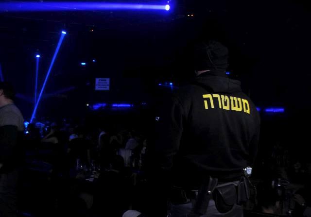 פשיטה המשטרה באחד מהמועדונים (צילום: חטיבת דובר המשטרה)