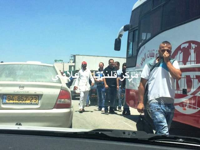 מעבר קלנדיה הבוקר (צילום: תקשורת פלסטינית)
