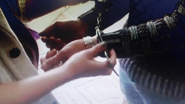 מעצר הסרסור החשוד (צילום מסך)
