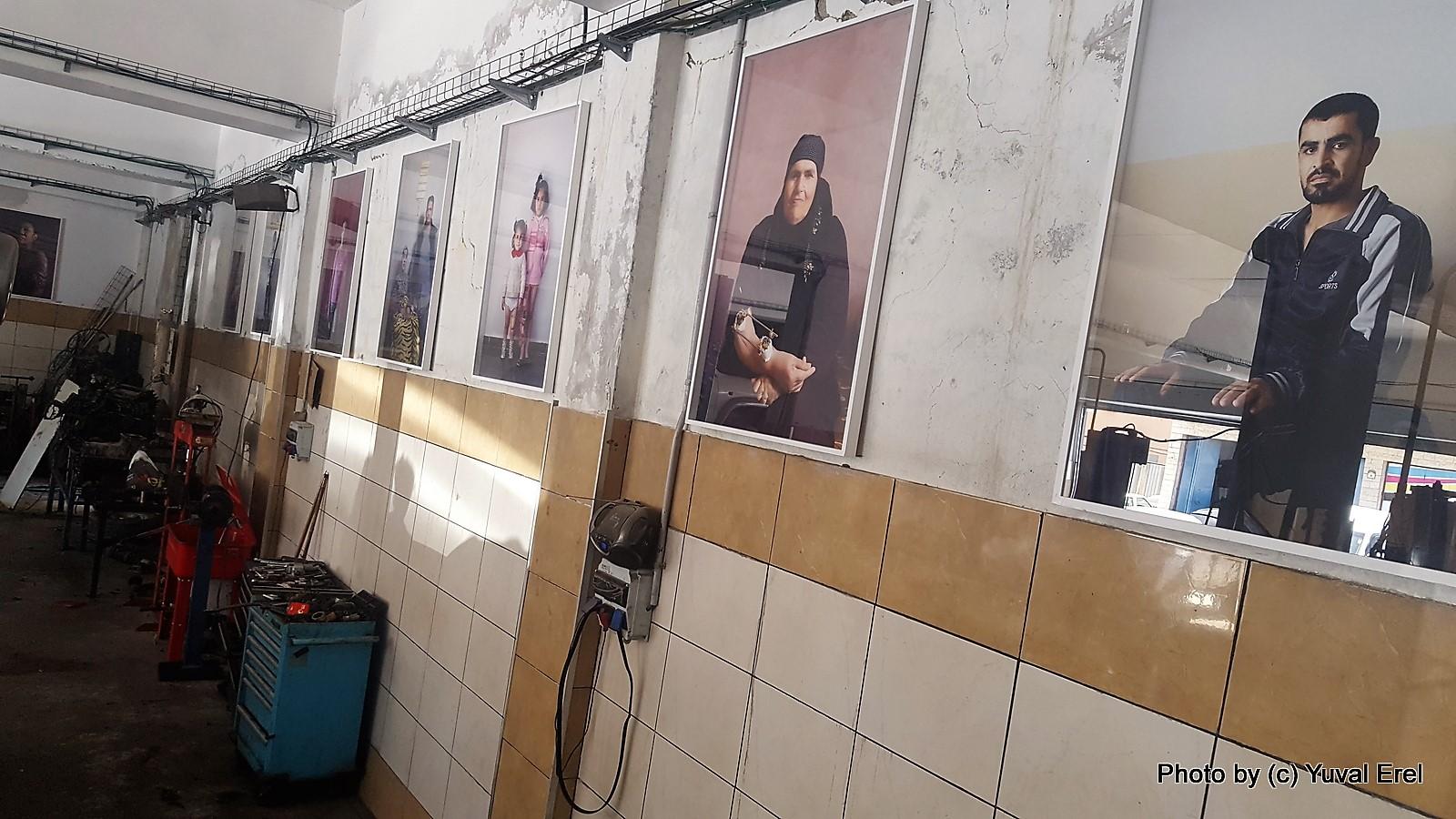 תערוכה במוסך, הביאנלה. צילום: יובל אראל