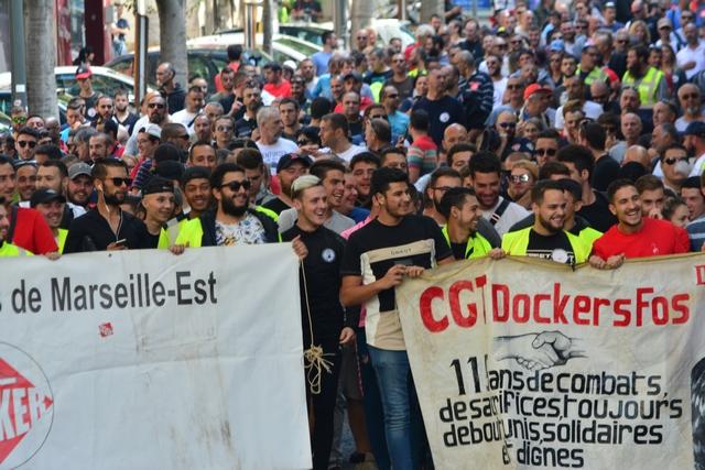 עונת ההפגנות בצרפת החלה בקול ענות חלושה