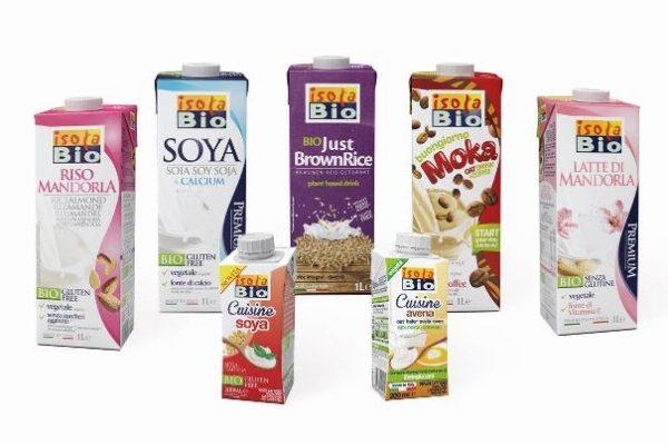 """סדרת משקאות צמחיים איזולה-ביו (צילום: יח""""צ)"""