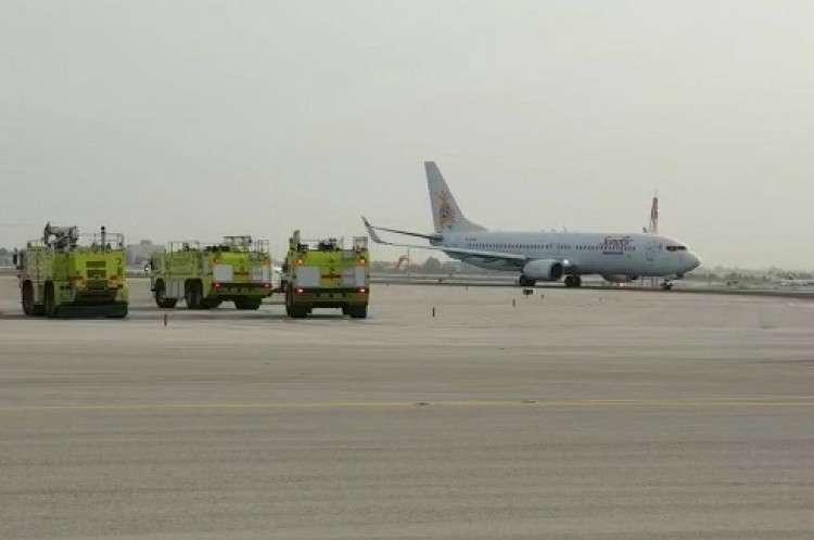 המטוס בעת נחית החרום (צילום: רשות שדות התעופה)