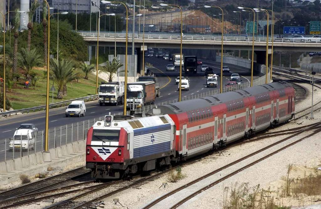 """פרויקט התחבורה """"איילון"""" בתל אביב. תצלום: משה מילנר, אוסף התצלומים הלאומי, לע""""מ"""