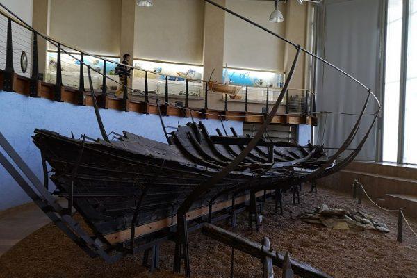 רבדים של עבר והווה בתערוכות משובחות במוזיאון הכט בחיפה