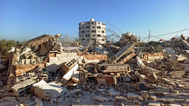 נהרס בשנית בית משפחת אל-קונבע (צילום: עבד אלכרים סעדי - בצלם)
