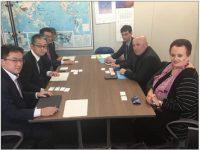 פגישת פרופ׳ גרוטו ושגרירת ישראל ביפן, יפה בן ארי, עם נציגי משרד הבריאות היפניים. צילום: משרד הבריאות