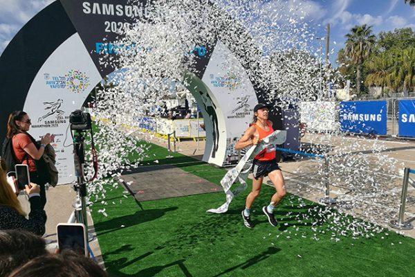 טוביאס סינגר מגרמניה מסיים את המרתון עם תוצאה של- 02:31:01 (צילום:דן בר דוב)
