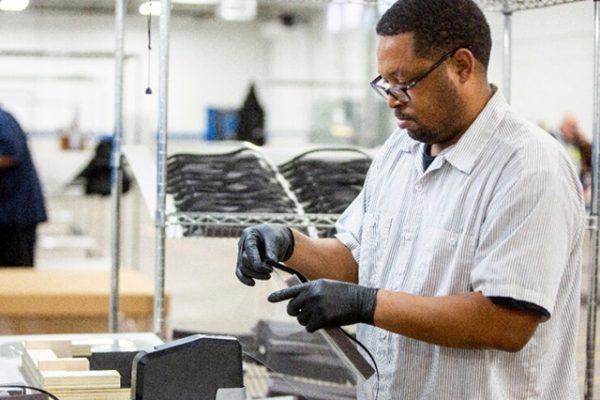 פורד תייצר כ-50 אלף מכונות הנשמה במאה הימים הקרובים
