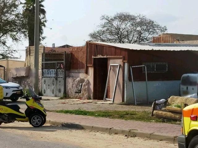 רצח - אישה נורתה למוות בשכונת הרכבת בלוד