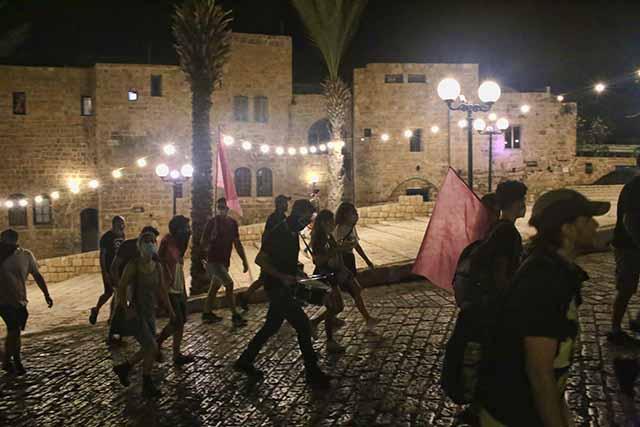 המפגינים מגיעים גם ליפו העתיקה (צילום:דן בר-דוב)