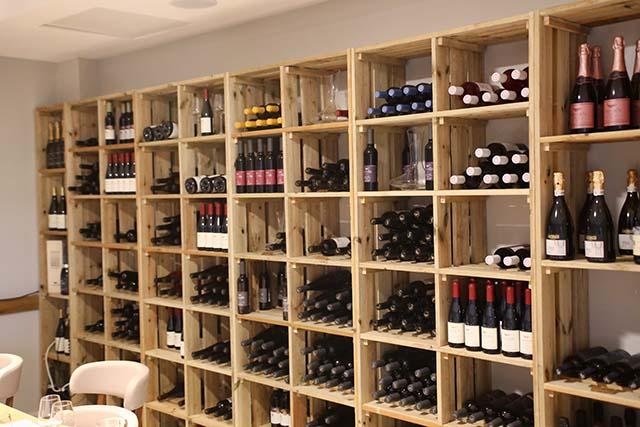 חדר היין במלון אדמונד (צילום:דן בר דוב)