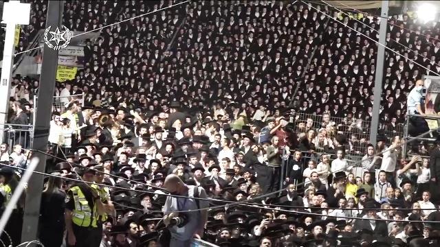 Police_deployment_in_Meron_at_rabbi_Shimon_Bar_Yochai_Yom_Hillula,_April_2021._A_V